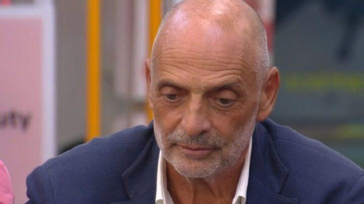 Grande Fratello Vip, Paolo Brosio indigna ancora il web: la battuta su Auschwitz non piace