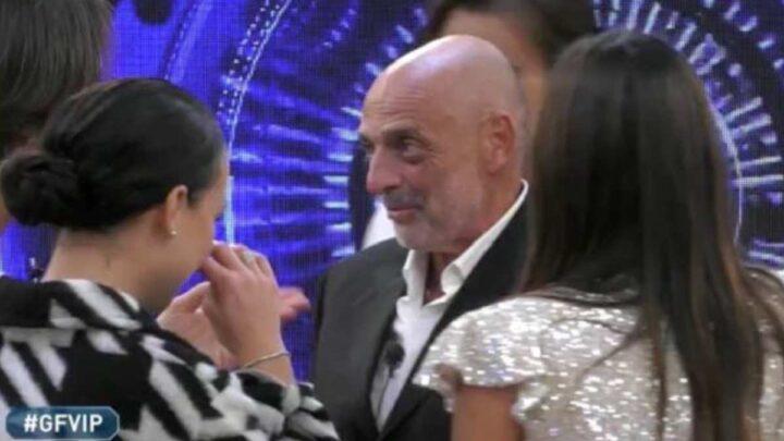 """Paolo Brosio svela che il Grande Fratello Vip è stato prolungato. Gregoraci sbotta: """"Io vado via"""""""