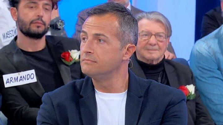 Uomini e Donne, oggi: nuova rivalità tra Riccardo e Armando? Davide attacca Beatrice