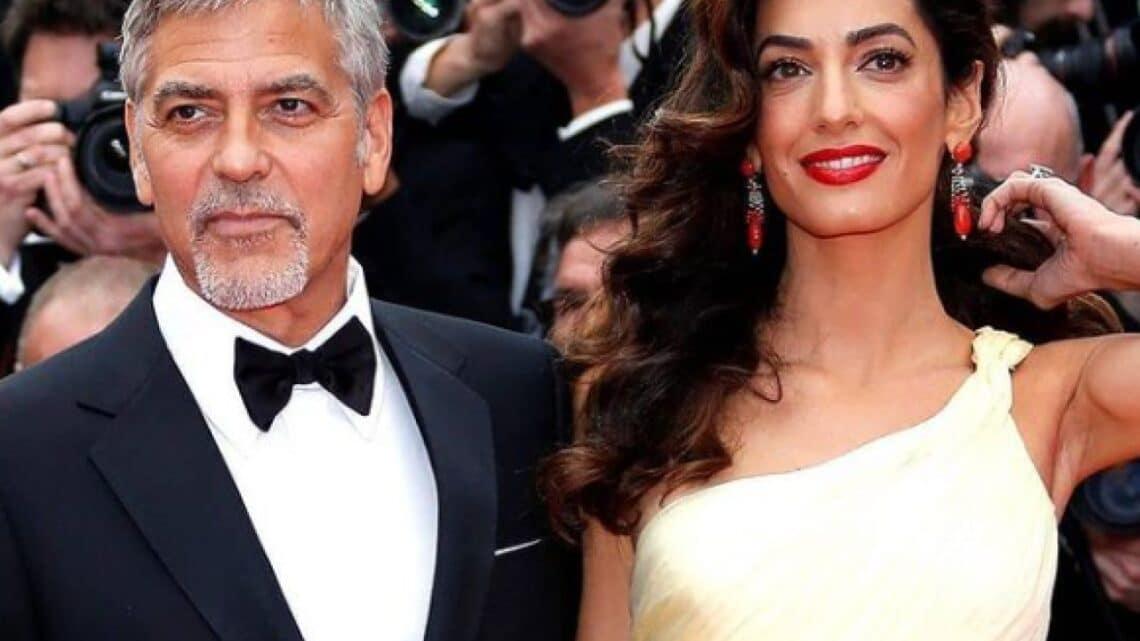 """George Clooney regala 1 milione di dollari a 14 amici in difficoltà. """"Ho dormito sui loro divani, lo rifarei"""" ha spiegato l'attore hollywoodiano"""