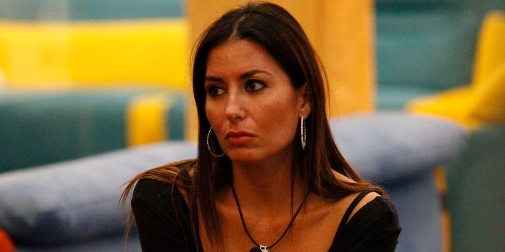 """GF Vip, Elisabetta Gregoraci fa chiarezza sul presunto contratto con Briatore: """"E' una cosa falsa"""""""