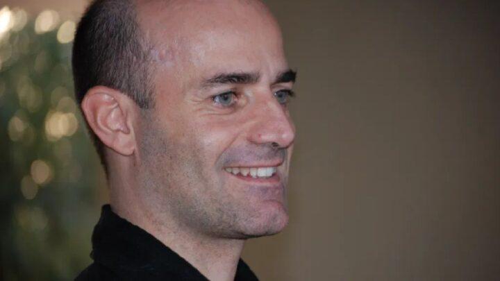 Chi è Andrea Papalotti, professore di Voice Anatomy?