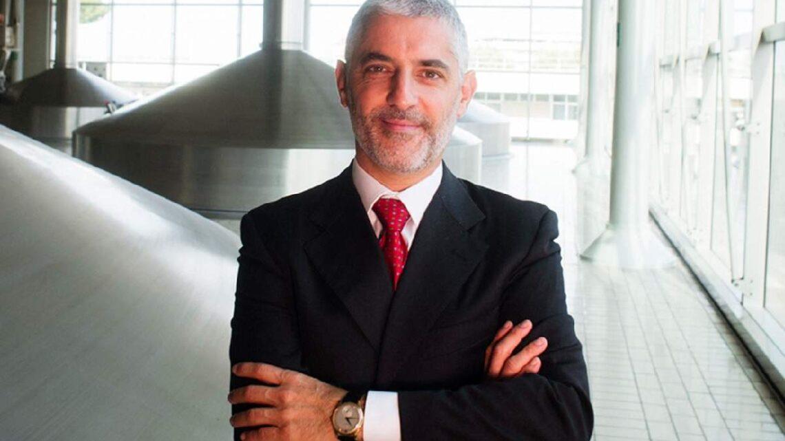 Chi è Enrico Galosso, protagonista stasera a Boss in incognito?