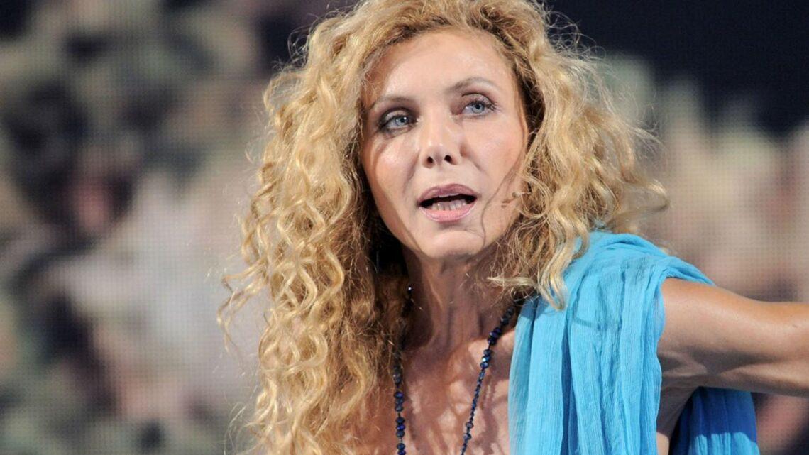 """Eleonora Brigliadori contro il vaccino anti-Covid: """"Modificherà il genoma umano, preferisco morire"""""""