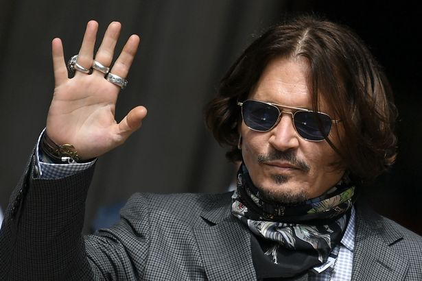 johnny depp pirati dei caraibi jack sparrow disney