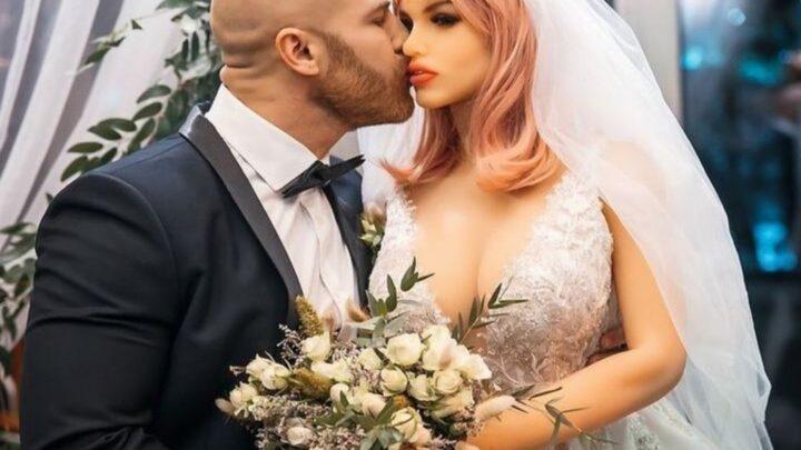 Matrimonio con sex doll in Kazakistan: Yuri Tolochko sposa la sua sex doll Margo tra gli applausi