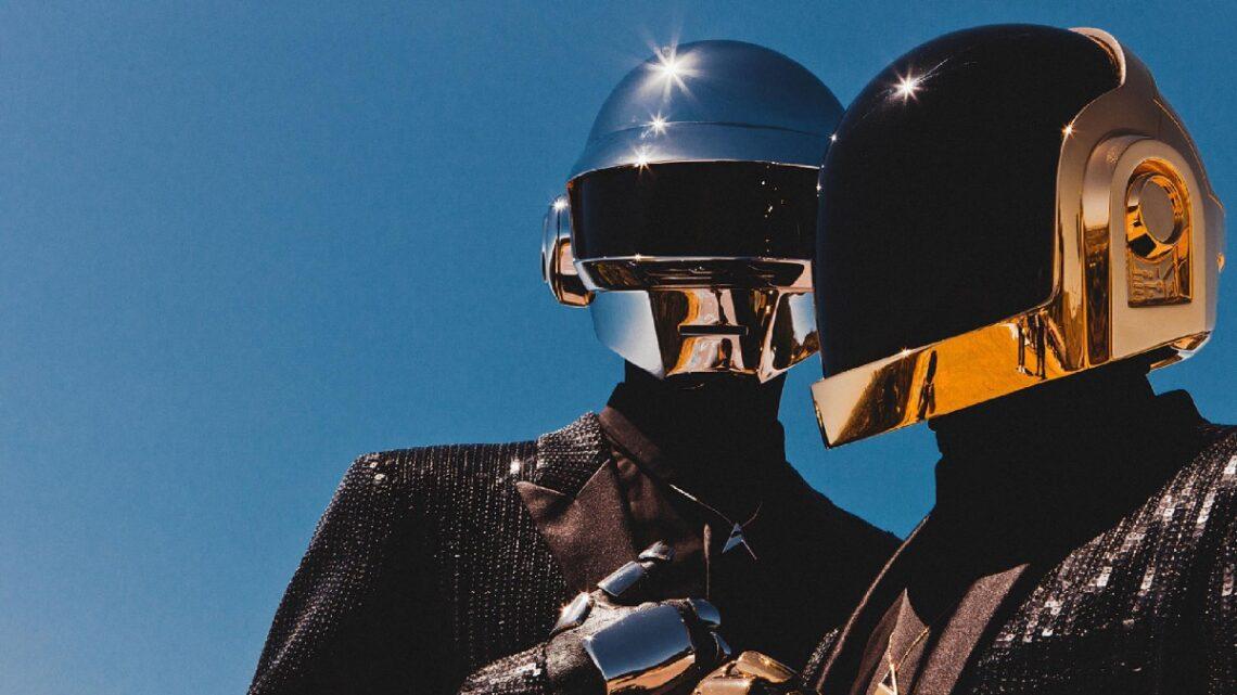 Addio ai Daft Punk: le 5 canzoni più note del duo leggendario della musica elettronica